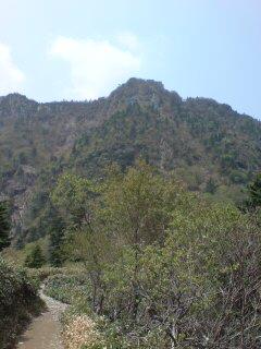 山が近なってきました