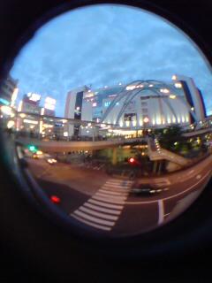 立川駅北口です