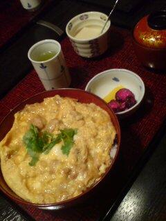 神楽坂で親子丼