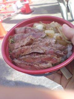 神戸牛のステーキ丼