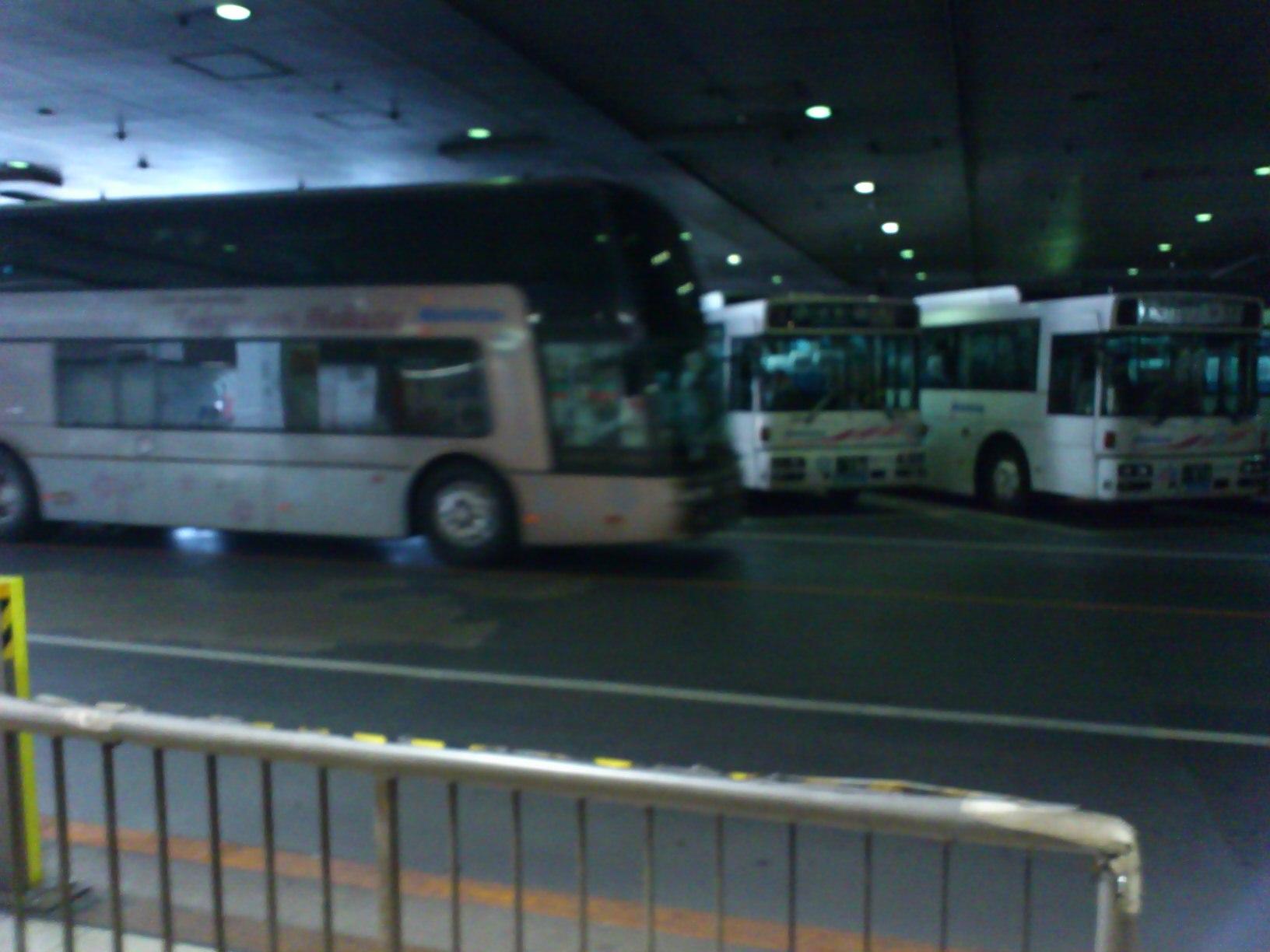 福岡天神バスセンター着