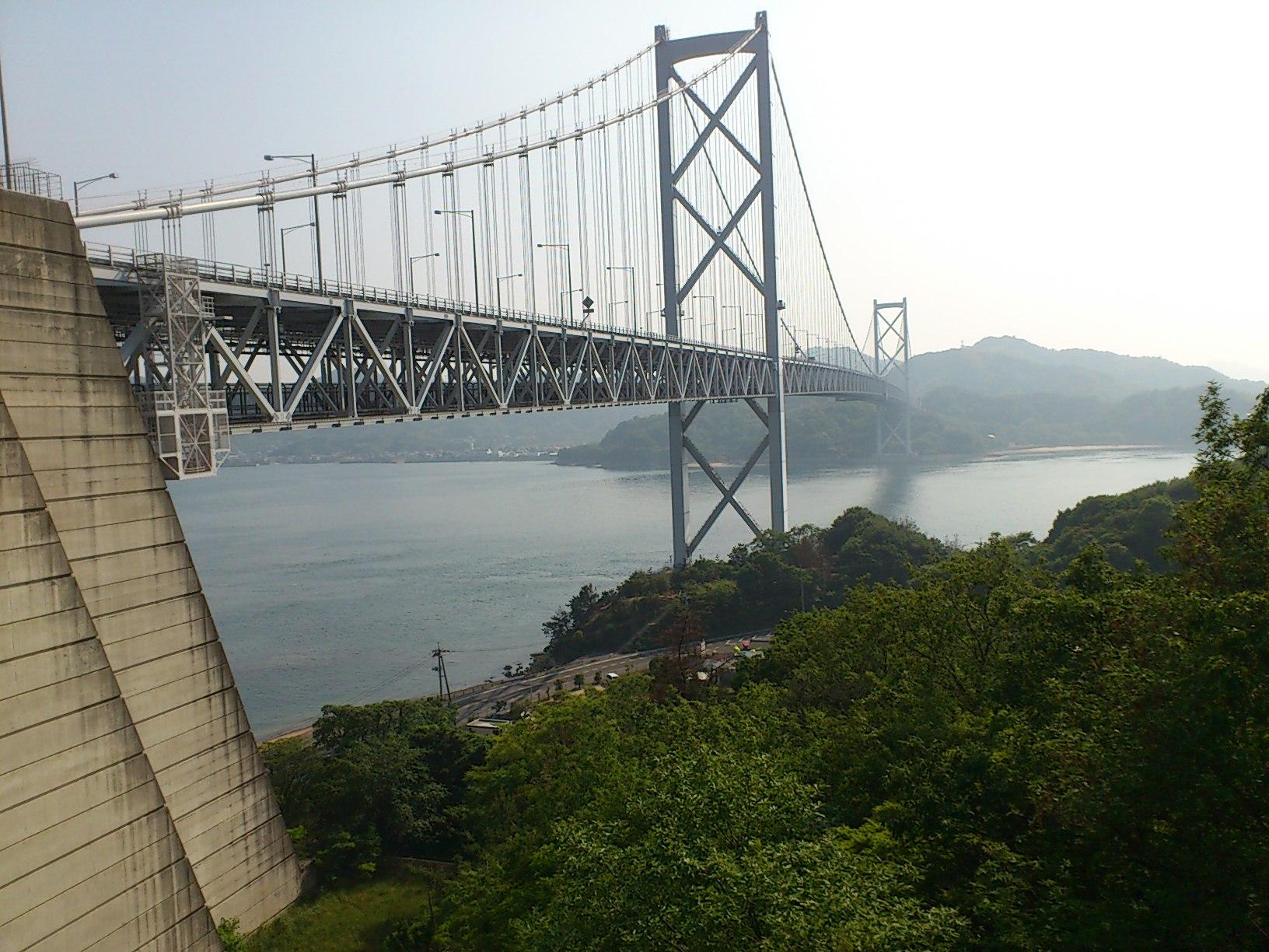 因島大橋をクリヤー